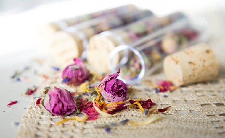 Fioles de fleurs by @akseluna