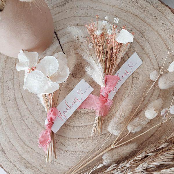 Petit bouquet de fleurs séchées